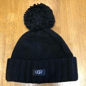 UGG hat with Pom